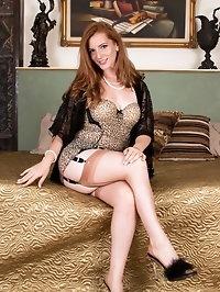 Wearing stunning vintage picture frame heels full fashion..