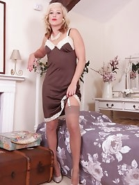 Join Axa, shes in the mood for getting off in the bedroom!..