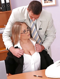 Jessica Moore gets fucked by 2 men