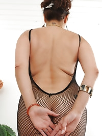 52 year old Sam from AllOver30 wearing a fishnet..