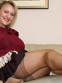 Hot mama is awfully naughty