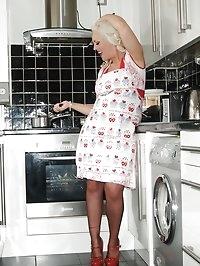 big boobs blonde fun in kitchen