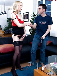 Employee of a company perverted at home! (toys, squirt!)