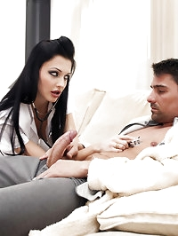 Personal nurse is working out oral treatment
