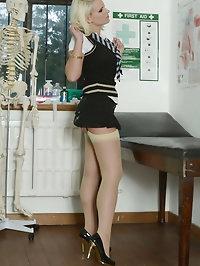 Busty schoolgirl blonde Billie Evans pictures
