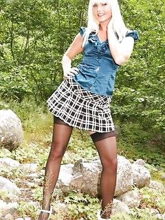 Outdoor XXX Pics
