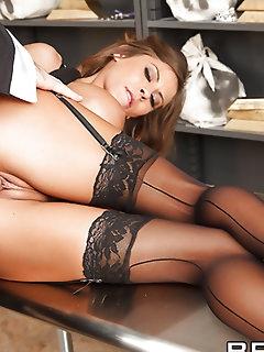 Bondage XXX Pics