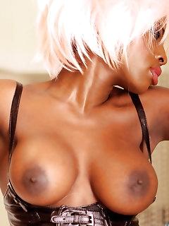 Ebony XXX Pics