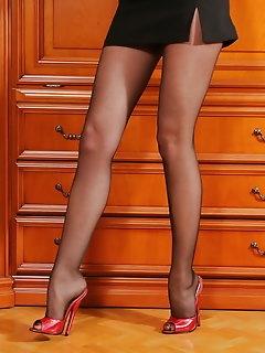 Miniskirt XXX Pics